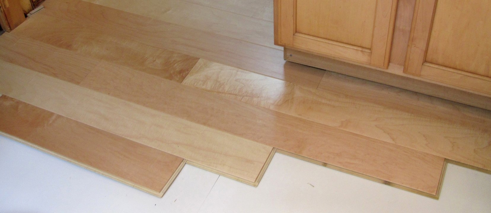 How to Lay a Laminate Floor 2
