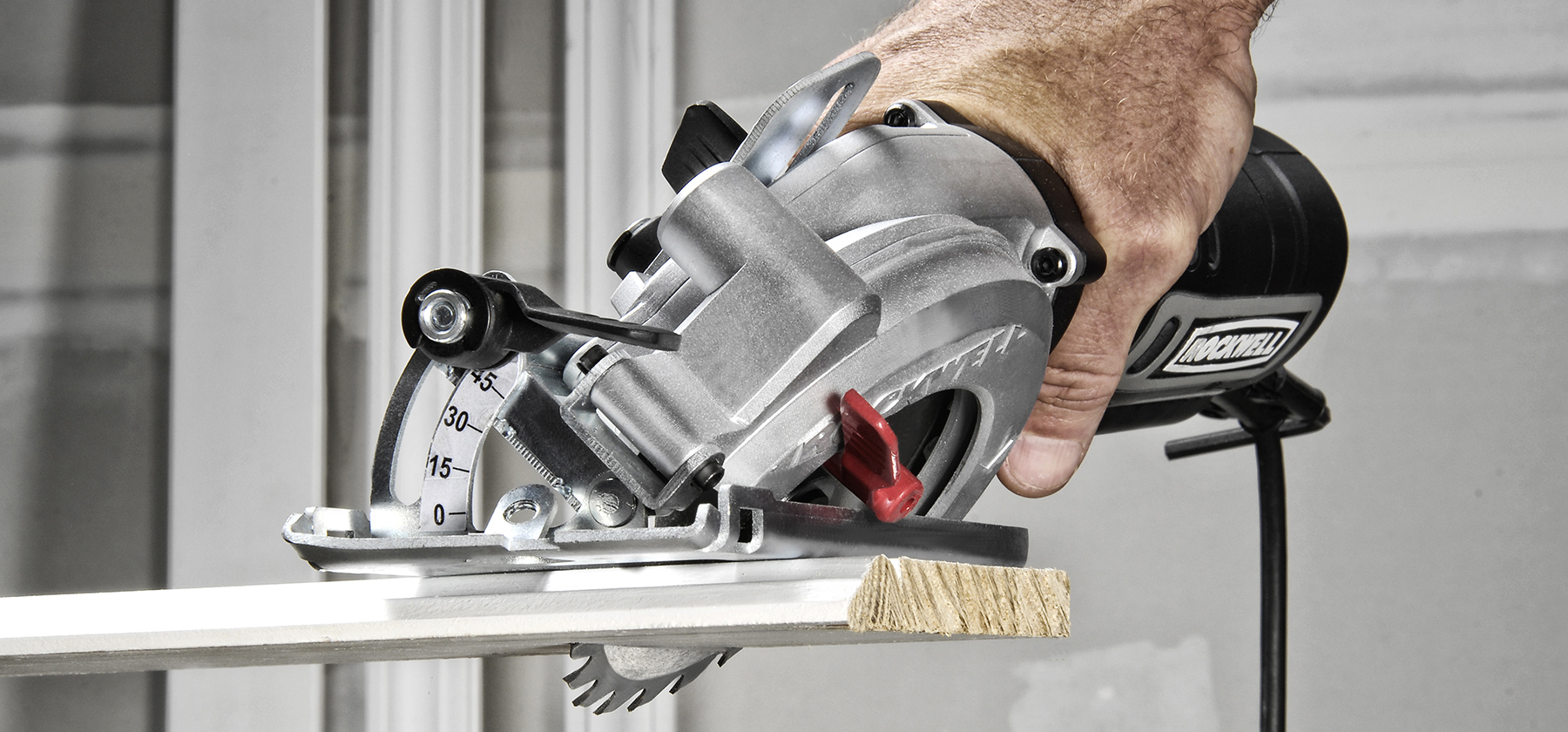 Making a Case for the Compact Circular Saw 2
