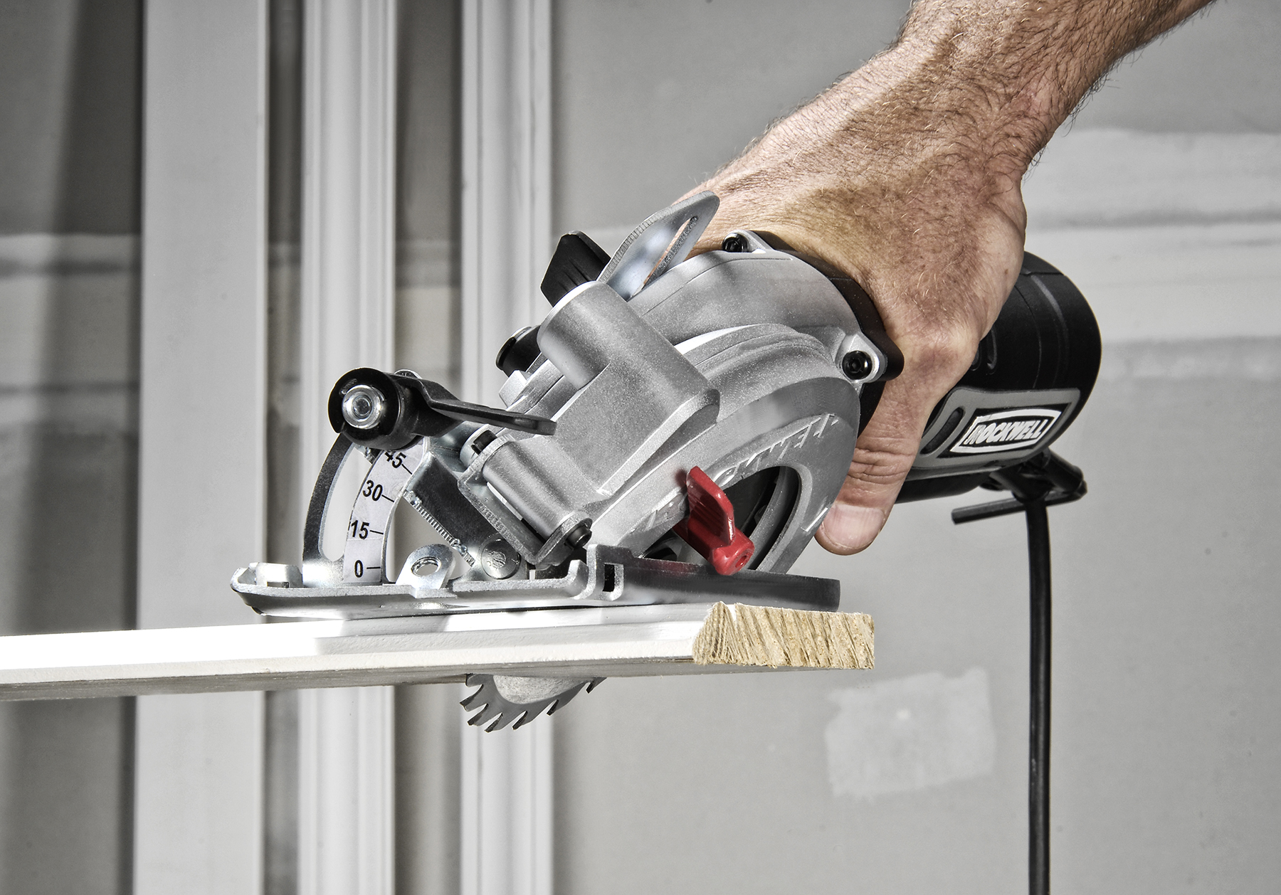 Making a Case for the Compact Circular Saw 1