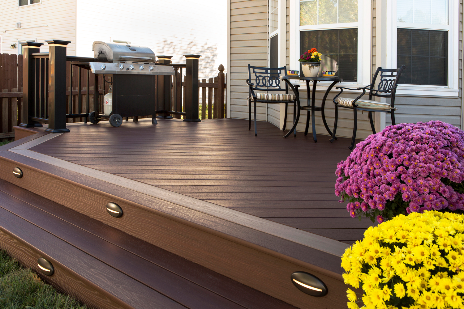 Looking to Refinish Your Deck? Here's What You Need to Know